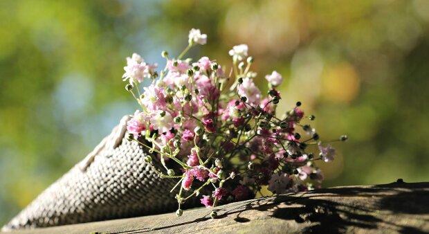 День матері - букет квітів
