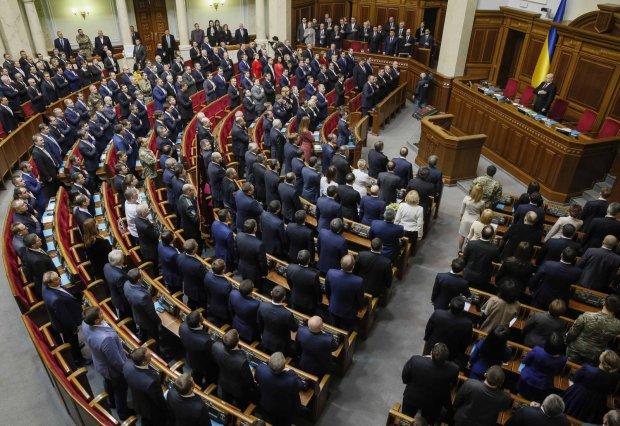 Знову піднімуть? Українцям пояснили, що буде з тарифами ЖКГ у 2019