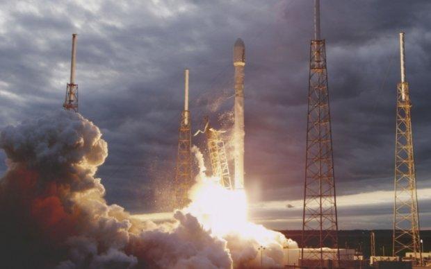 Названо дату нового запуску Falcon 9