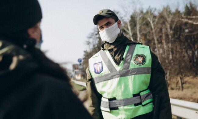 Коронавірус, фото: МВС України