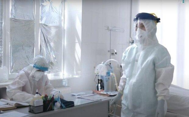"""Винахідливі закарпатці підробляють тести на вірус - """"Дуже хочеться виїхати з України"""""""