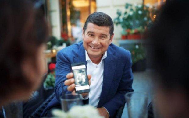 Сенсационные пленки Онищенко: опубликована запись с голосом президента