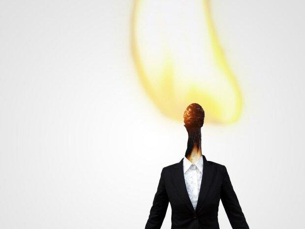 """Трудоголикам на заметку: специалист рассказала как """"не сгореть"""" на работе"""