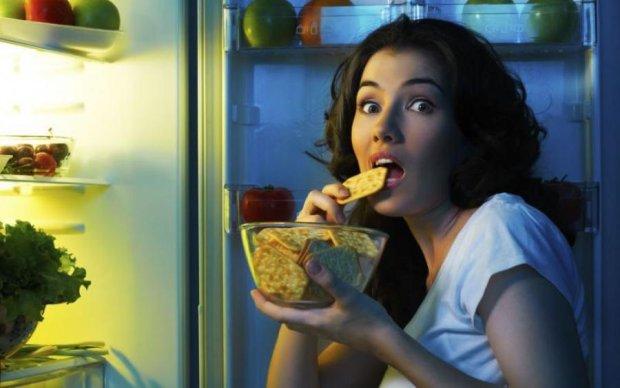 Прощавай, дієта: ці продукти можна їсти навіть вночі та худнути