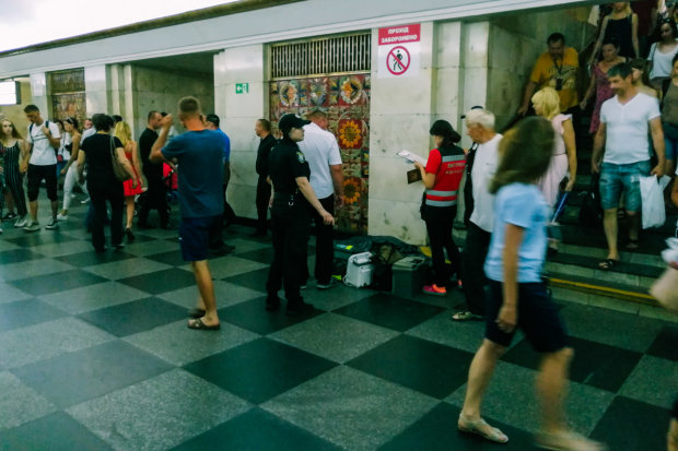 Трагедія в київському метро: жінка померла просто на рейках