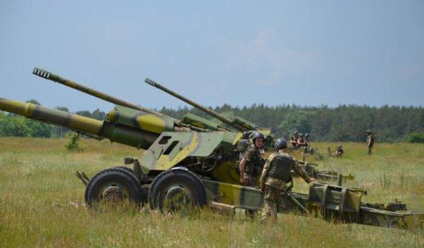 """""""Укроборонпром"""" випустив рекордну кількість гармат"""