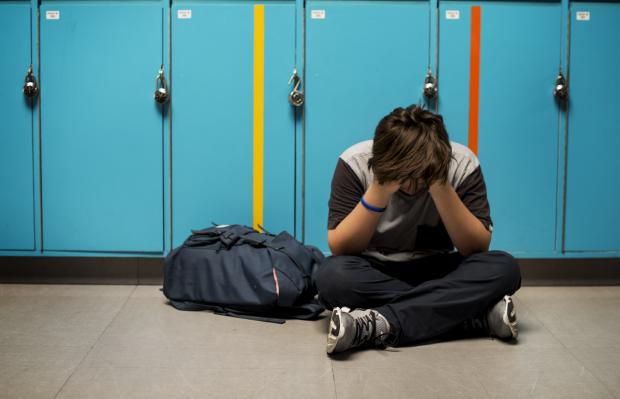 Останній дзвінок: цькування в школі зменшує мозок підлітків