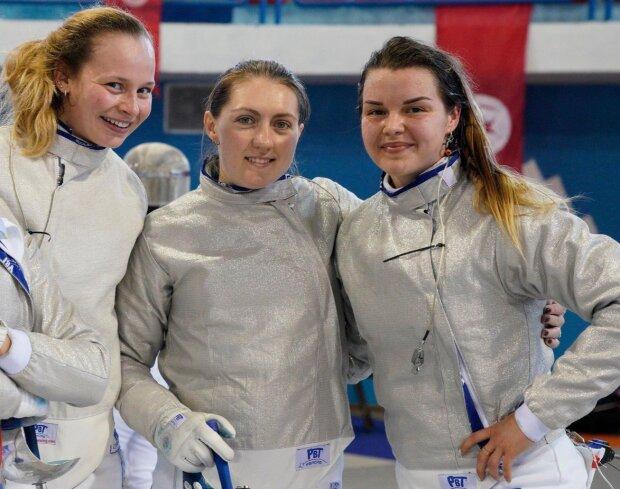 Жіноча збірна України з фехтування завоювала нагороди в Китаї: чим відзначилися Всесвітні ігри