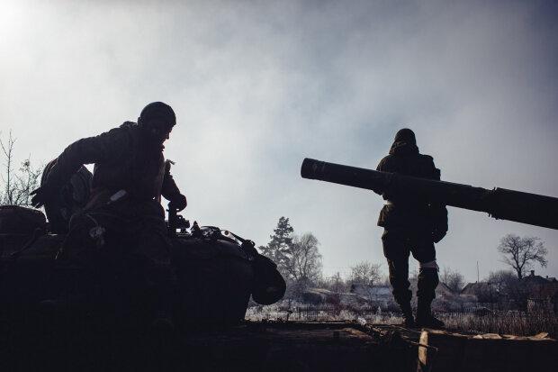 Путинские паразиты под Донецком подло накрыли защитников Украины шквальным огнем, есть потери: подробности