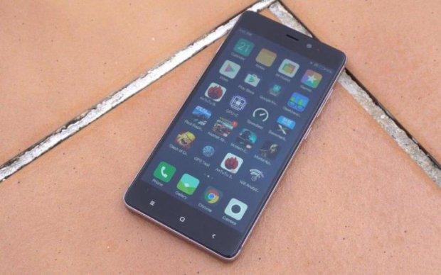 """Xiaomi создала """"взрывной"""" смартфон"""