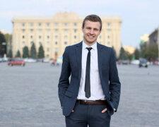 Кирило Нестеренко, соцмережі