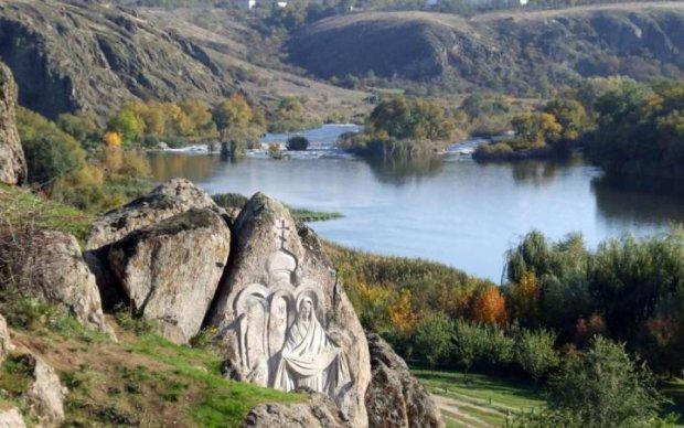 7 природних чудес України