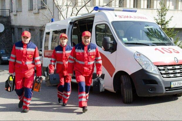 """Срочно в """"Зважені та щасливі"""": 140-килограммовую винничанку спасали всем городом"""