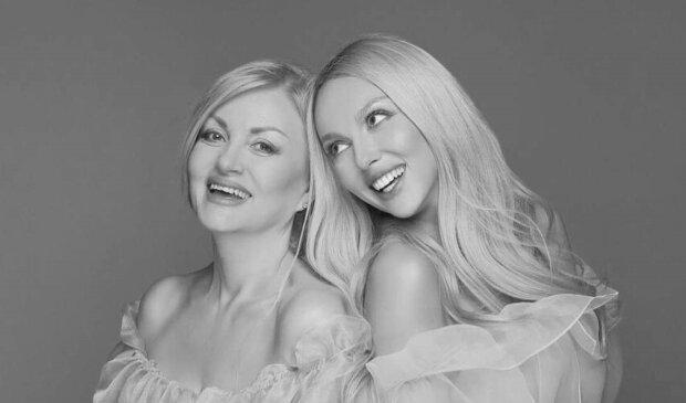 Оля Полякова с мамой, фото с Instagram