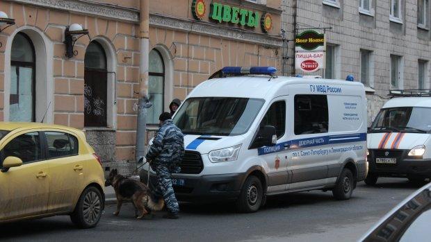У Москві шукають три десятки бомб: ТРЦ, офіси та школи можуть злетіти в повітря будь-якої секунди
