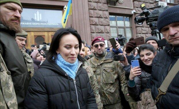 """Маруся Звіробій перед допитом у ДБР заговорила по-іншому: """"За мною стежать"""""""