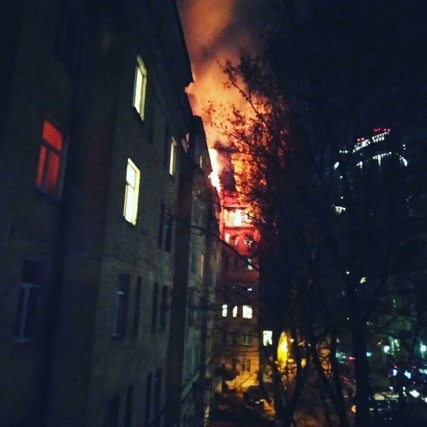 Помни, если хочешь жить: как правильно действовать во время пожара в доме