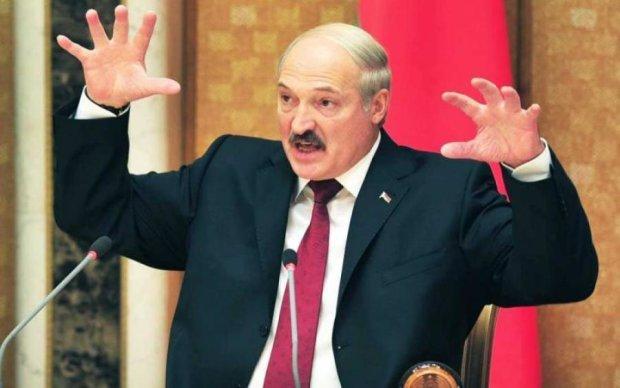 """Лукашенко бачить Білорусь """"у складі якоїсь іншої держави"""""""