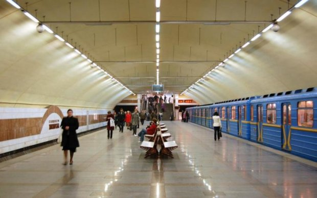"""Тротил, пластид и детонаторы: в киевском метро поймали """"ходячую бомбу"""""""