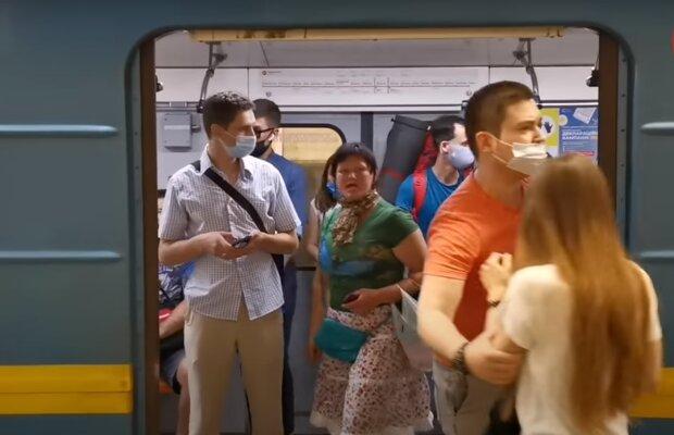 В Киеве могут закрыть метро - опять на такси втридорога