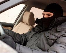 Автомошенники охотятся за доверчивыми людьми