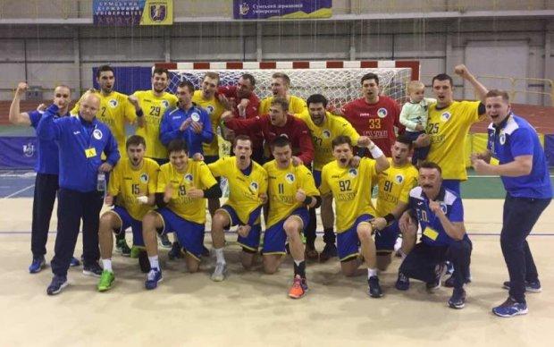 Українські гандболісти вирвали важливу нічию в матчі з Македонією