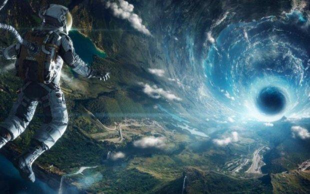 Астрономи зловили таємничі сигнали, Хокінг щось знає