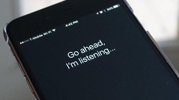 Отец Siri рассказал, почему Apple ожидает провал