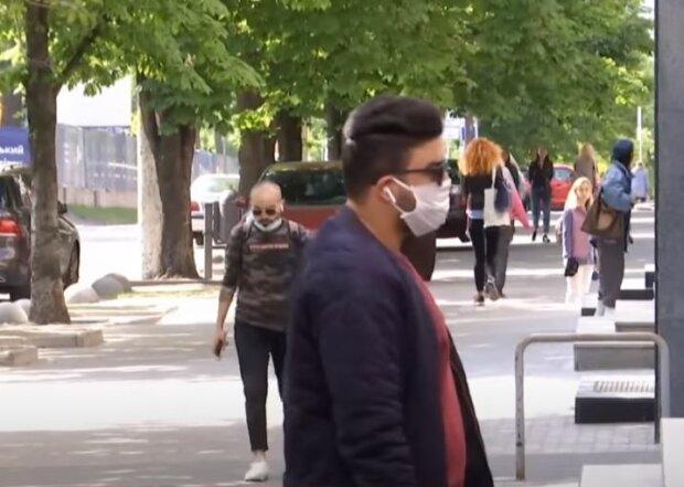 Каратнин в Украине, скриншот: YouTube