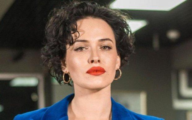 Дашу Астаф'єву порівняли з Барбі: співачка виклала пікантне фото