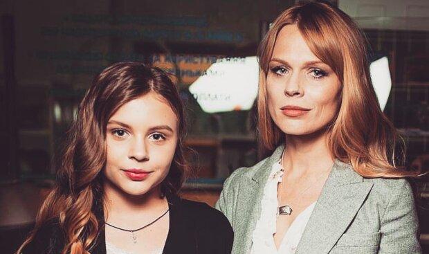 Фреймут с дочкой Златой покорили Лондон стильными образами: словно сестры