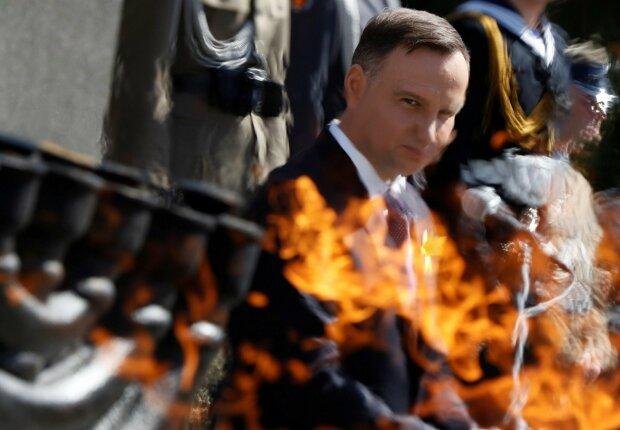 Польща пообіцяла Путіну вікно до Європи, до чого тут Україна