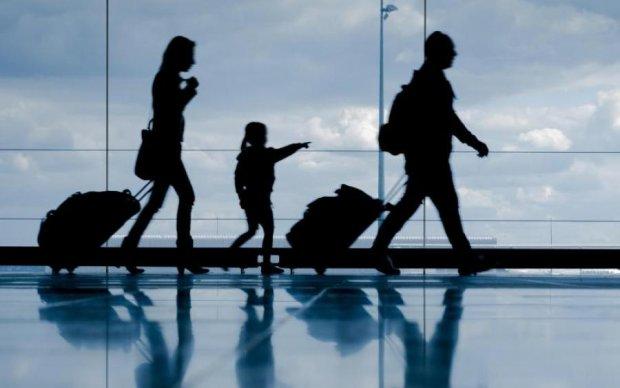 Исчезают целые регионы: во что превратилась экономика из-за миграции