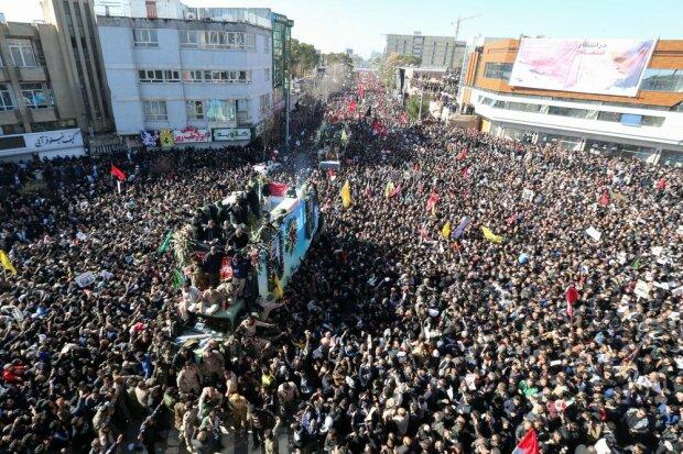 Похорон генерала Сулеймані відклали: кількість жертв тисняви катастрофічно зросла