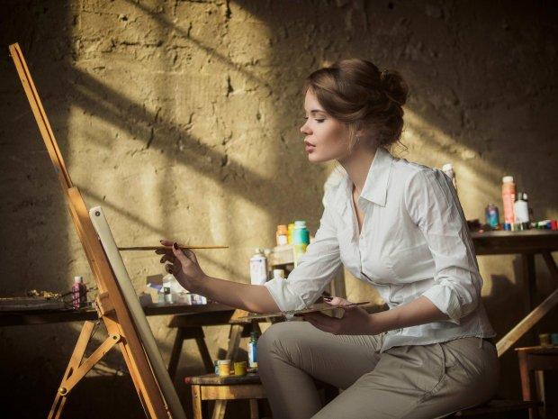 В сеть попал рисунок женщины, не считающей себя талантливой. Пользователи не только оценили ее творчество, но и запустили новый флешмоб