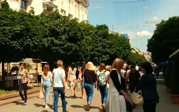 Франковских школьников посадят за парты с 1 сентября - уроки по 30 минут и две смены