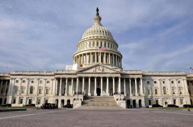 Америка виділить Україні мільярд доларів на армію
