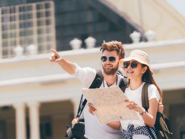 В Україні запустять єдиний туристичний портал: як допоможуть іноземним гостям