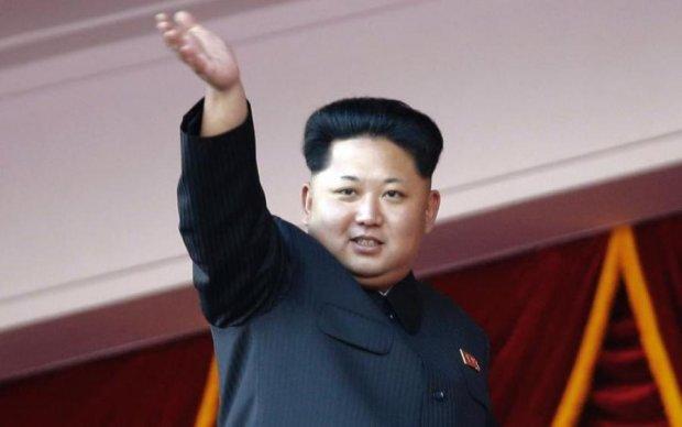Наколотые Ким Чен Ыны: по миру поползли слухи в стиле жены Януковича
