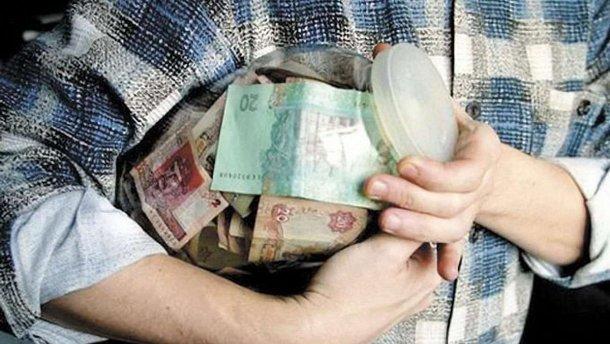"""Доведеться збирати ще з """"памперсів"""": як українцям отримати подвійну пенсію"""