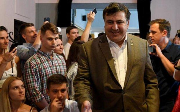 Саакашвили наказали через друга