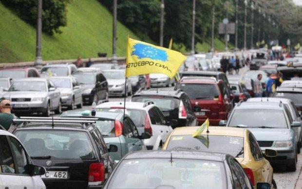 Ввоз в Украину евроблях: раскрыта новая схема обмана