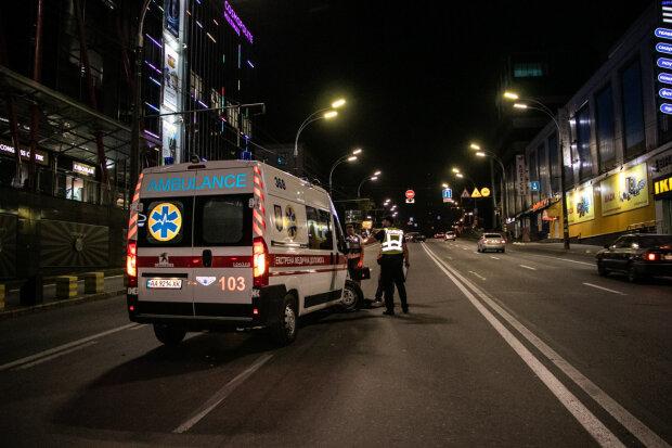 Не довезли до лікарні: у Києві швидка з дитиною потрапила в жахливу ДТП