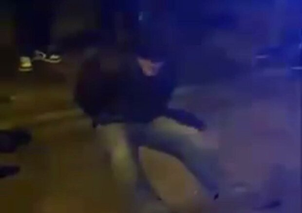 чоловік / скріншот з відео