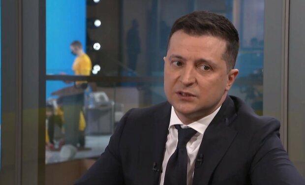 Зеленський визначив головні факти про вакцинацію: хто не може відмовитися і як вплине на подорожі