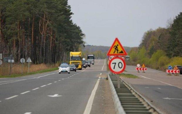 """Польща прорубає власне """"вікно в Україну"""""""