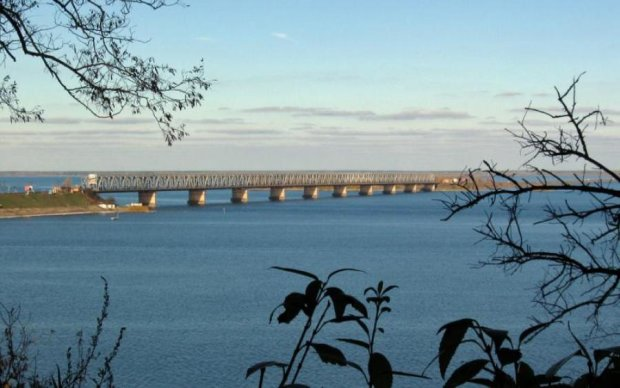 Меняем маршрут: мост через Днепр закроют