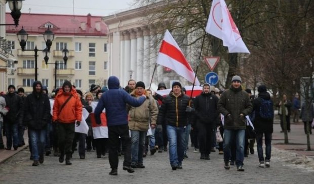 """Митинги """"тунеядцев"""" охватили всю Беларусь"""