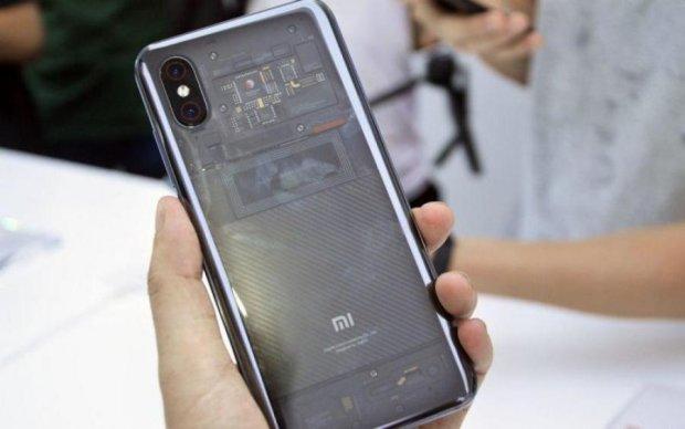 Xiaomi розповіла всю правду про прозорий Mi Explorer 8