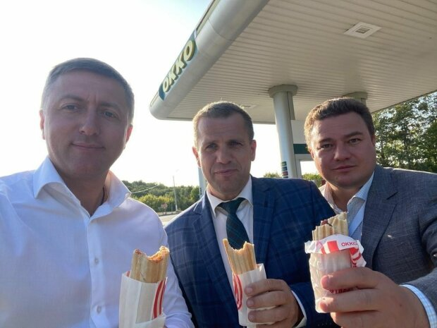 Сергій Лабазюк, Сергій Іващук, Віктор Боднар, фото з Фейсбук